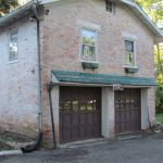 A view of the front of the Grant Homestead Garage - Grove City, OH